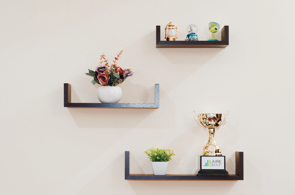Clutch Recognition - LG top user experience (UX) agency in Charlotte - trophy on shelf