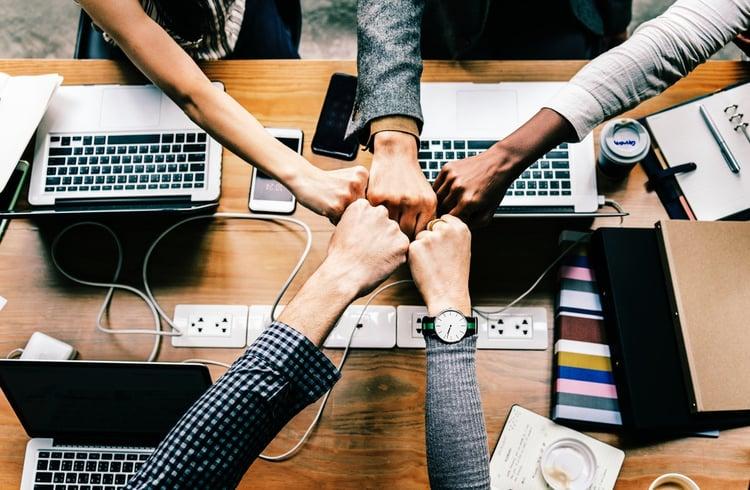 Best digital marketing agency - team meeting